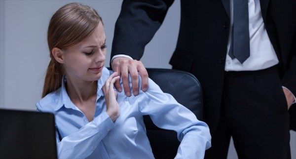 Sexual-Harassment-In-The-Office-Shutterstock-800x430