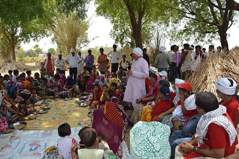 A_Gramsabha_in_a_rural_village_of_Madhyapradesh